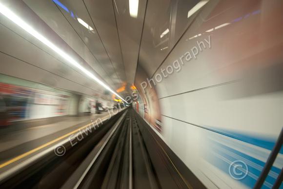Bank Station Departure Speed Original