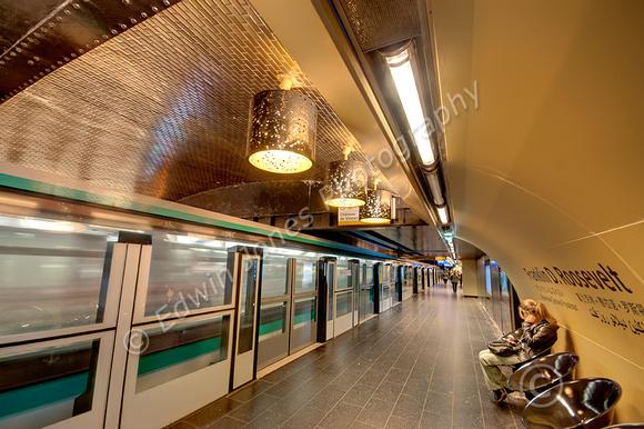 Roosevelt Metro Train Wait Fused