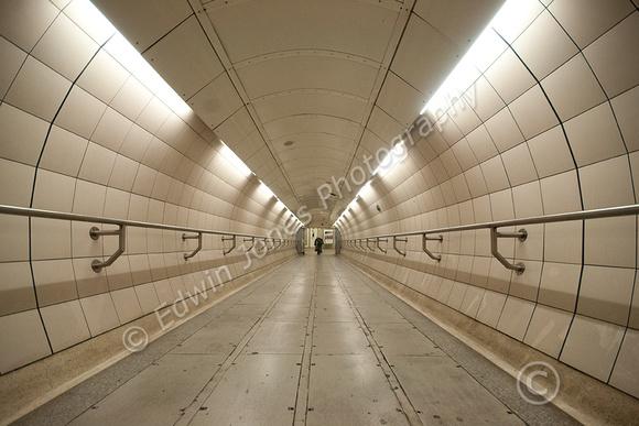 White Tunnel Original