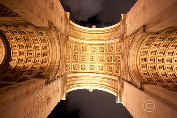 Arc de Triomphe Arch Symmetry Tonemapped