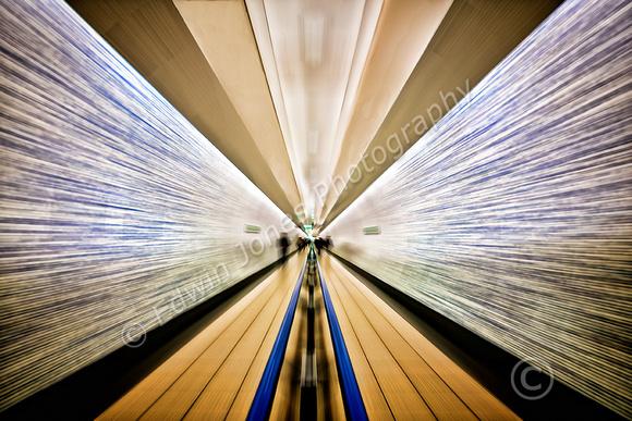 Tunnel Walk to Infinity Final