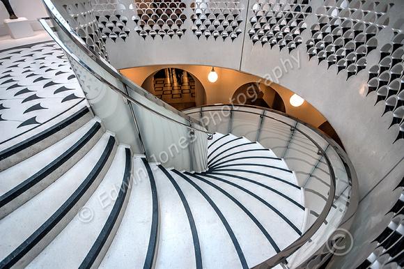 Descent to Warmth Tate Britain Tonemapped