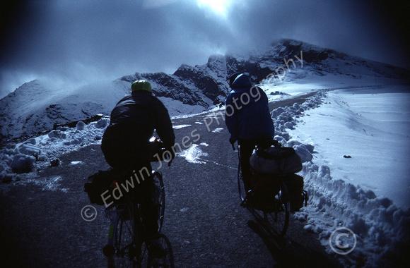 Pico Veleta Snow Climb Original copy